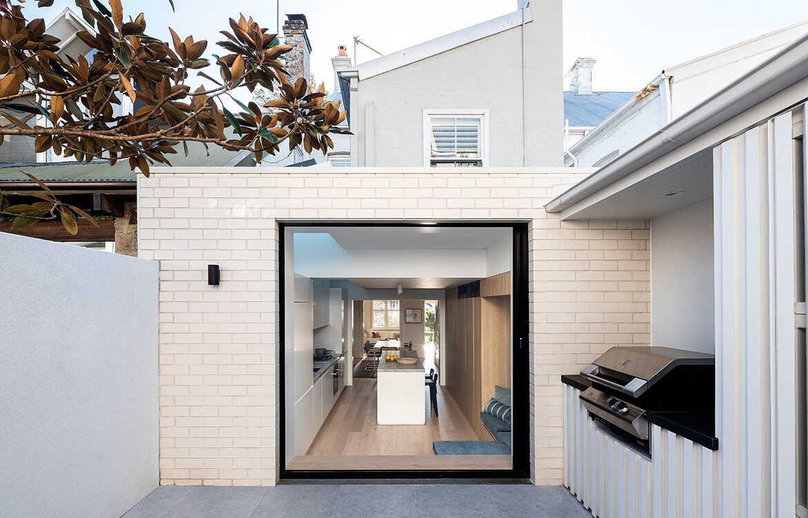 Contemporary rear extension to a Paddington Terrace by Porebski Architects