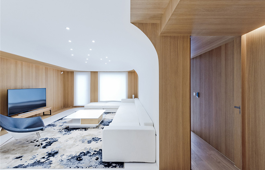 020-Living-Room