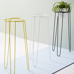 Daisy Plant Stand by Ivy Muse