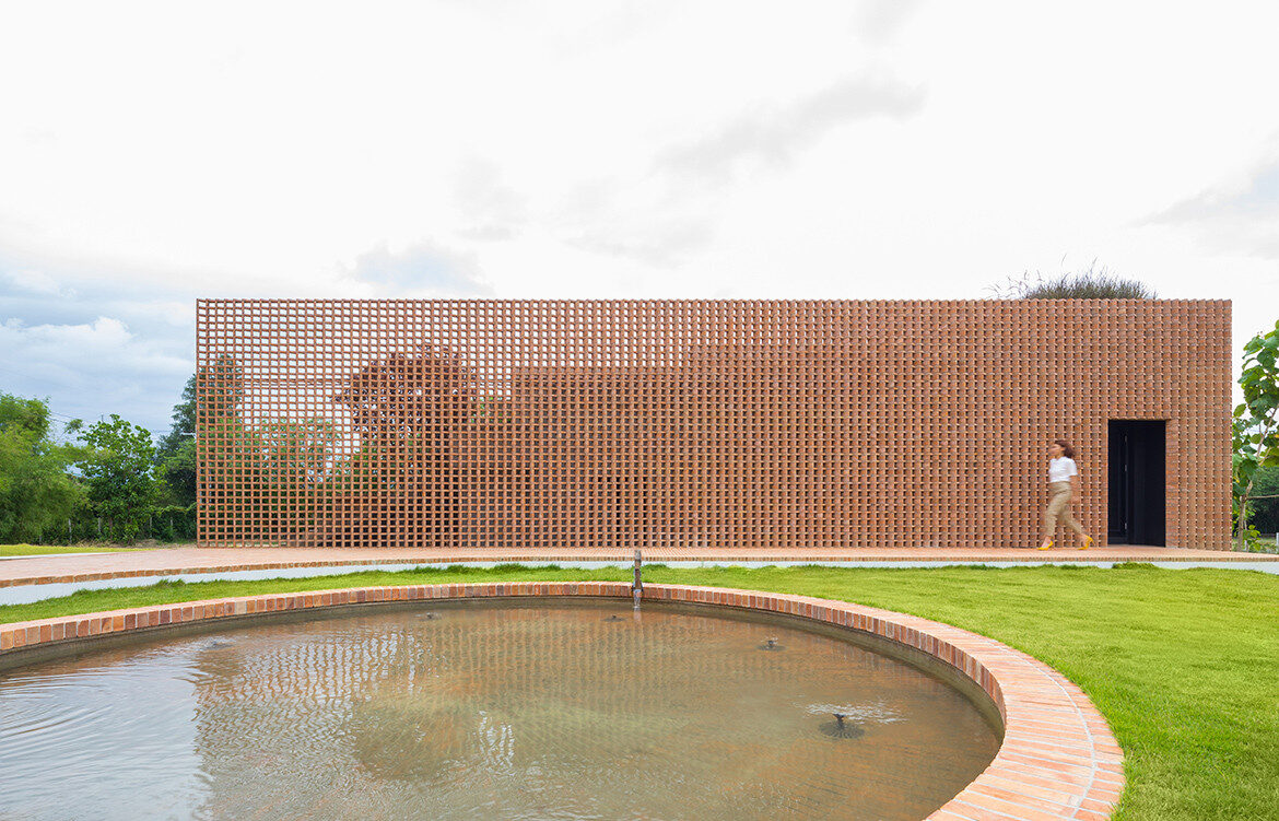 Foothill House by SS:AR | Site Specific: Architecture Research | holiday house in Chiang Mai | Thai architecture | indoor-outdoor living | interior architecture | perforated brick | brick detailing | brickwork | brick house