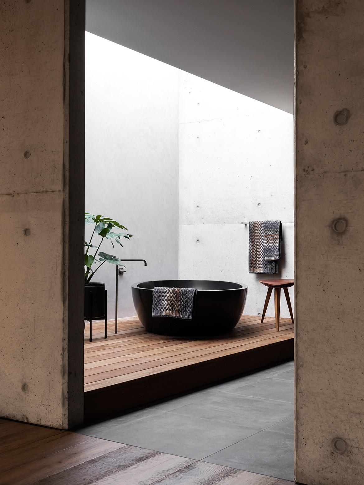 Vodka Palace by Marcus Browne Architect | interior architecture | contemporary interior design | bathroom design | concrete render | brutalist design