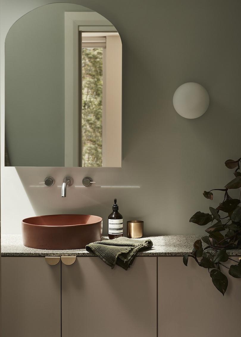 Bathroom sink in Wahroonga House by Tom Mark Henry.