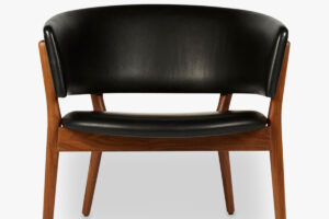 ND83 Easy Chair