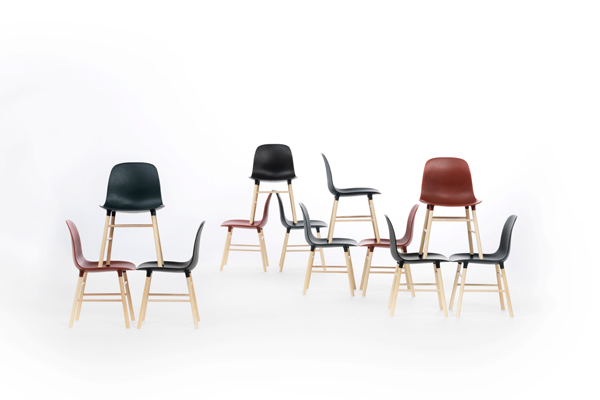 3900_Form_Chair_Miniature_3