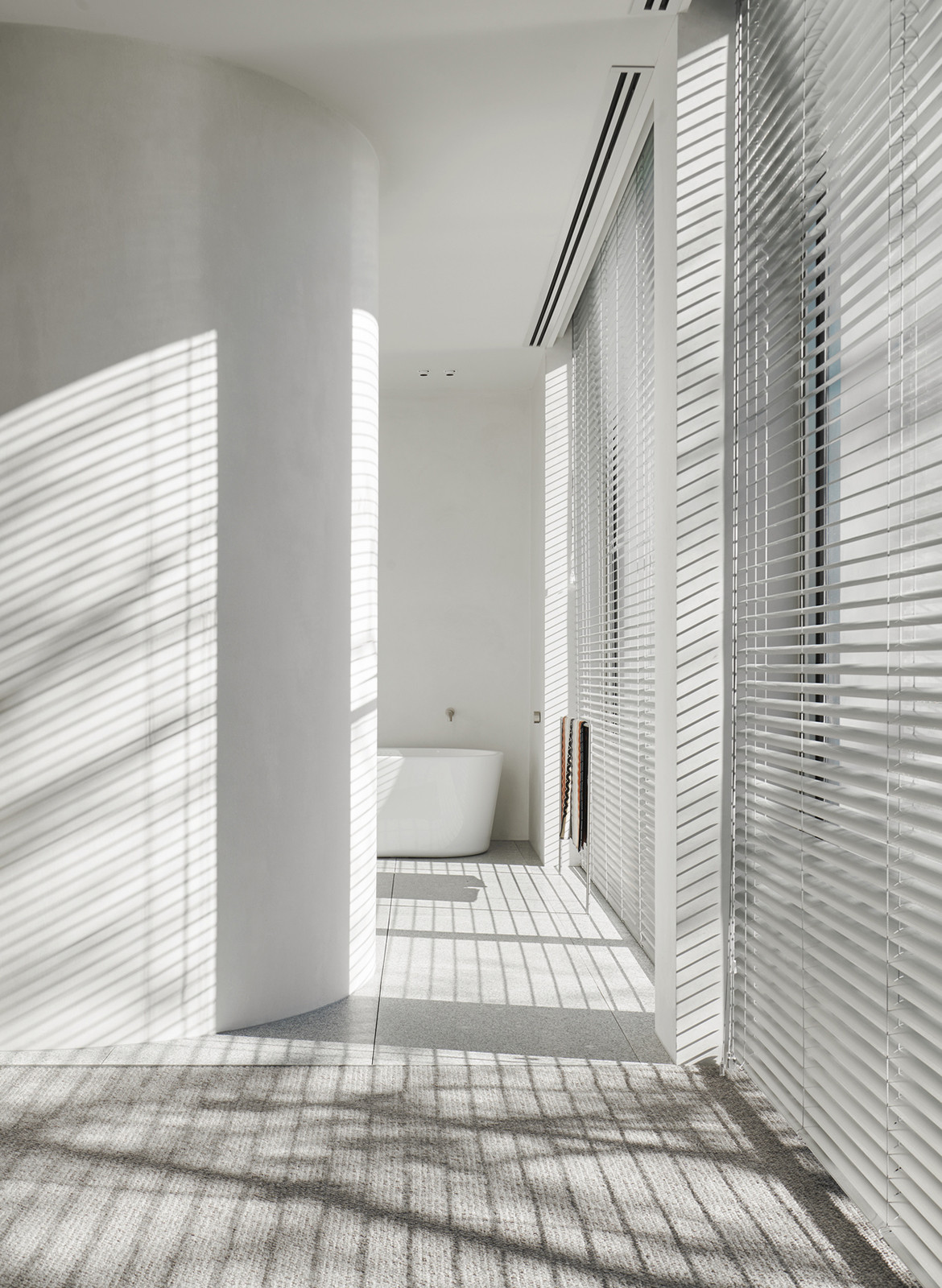 SLD Residence DavidovArchitects CC Veeral Patel bathroom lighting