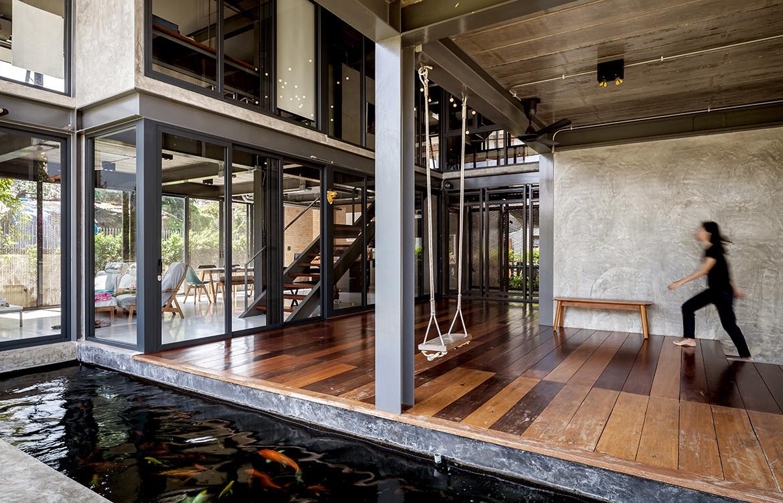 713 House Junsekino Architect and Design CC Spaceshift Studio koi pond central house