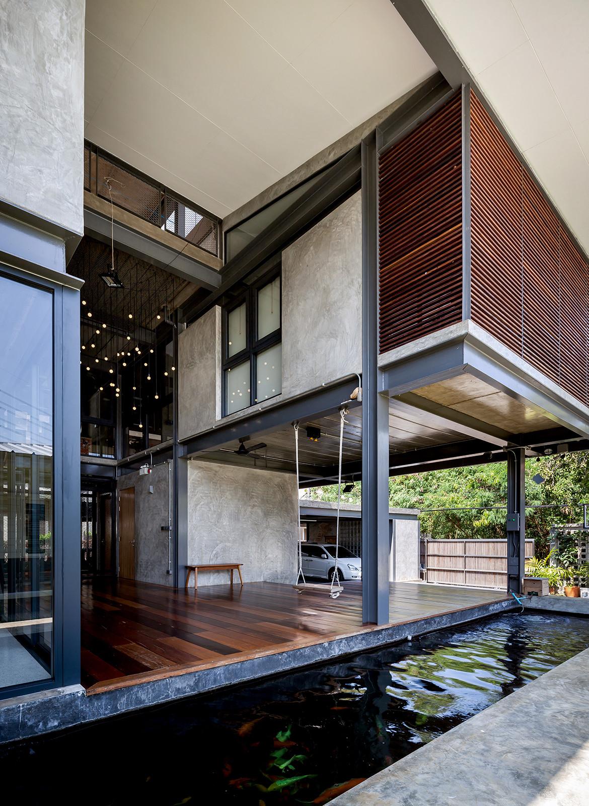 713 House Junsekino Architect and Design CC Spaceshift Studio koi pond entrance