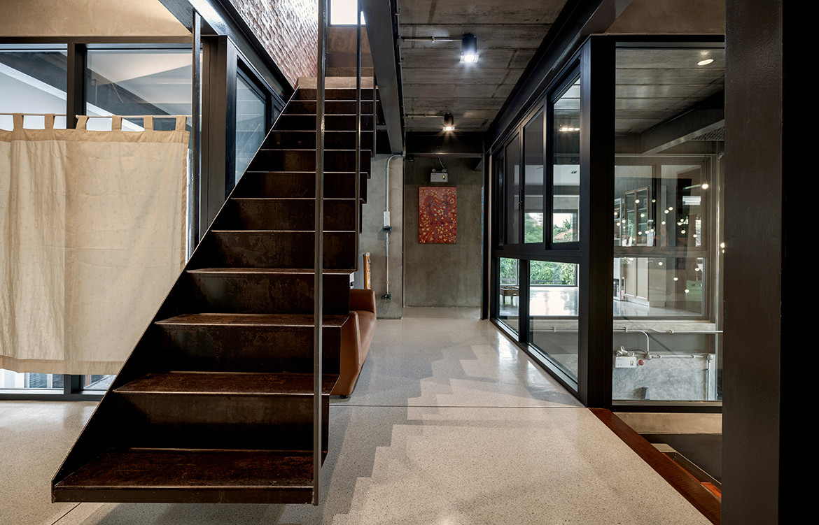 713 House Junsekino Architect and Design CC Spaceshift Studio stairs