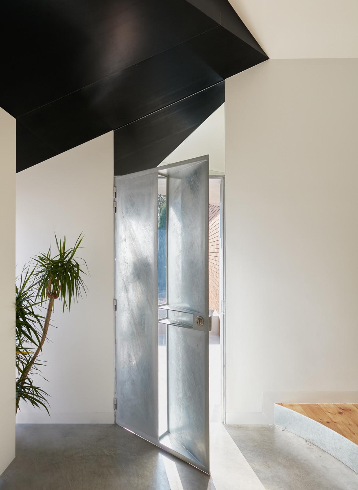 Taranaki Rift House Architecture Architecture front door