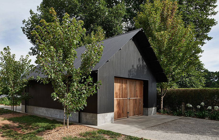 Adam Kane Architects Macedon Ranges barn