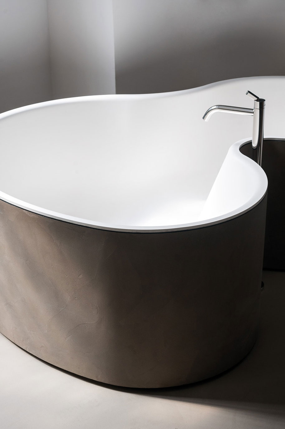 Agape-DR-bath-1