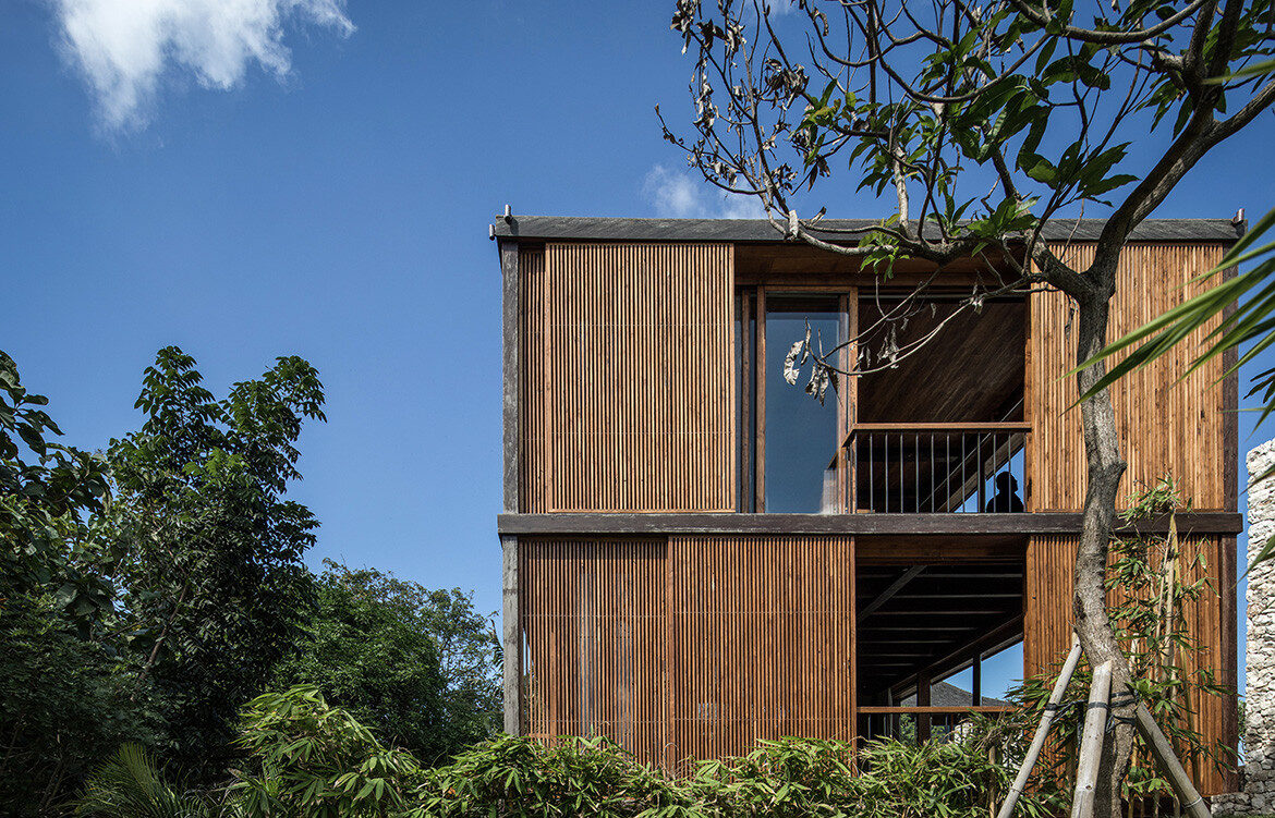 Aperture House in Ubud, Bali, by Alexis Dornier is barefoot luxury in built-form