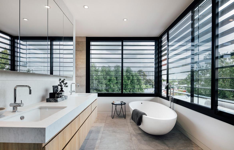 Armadale Residence Pleysier Perkins cc Michael Kai bathroom