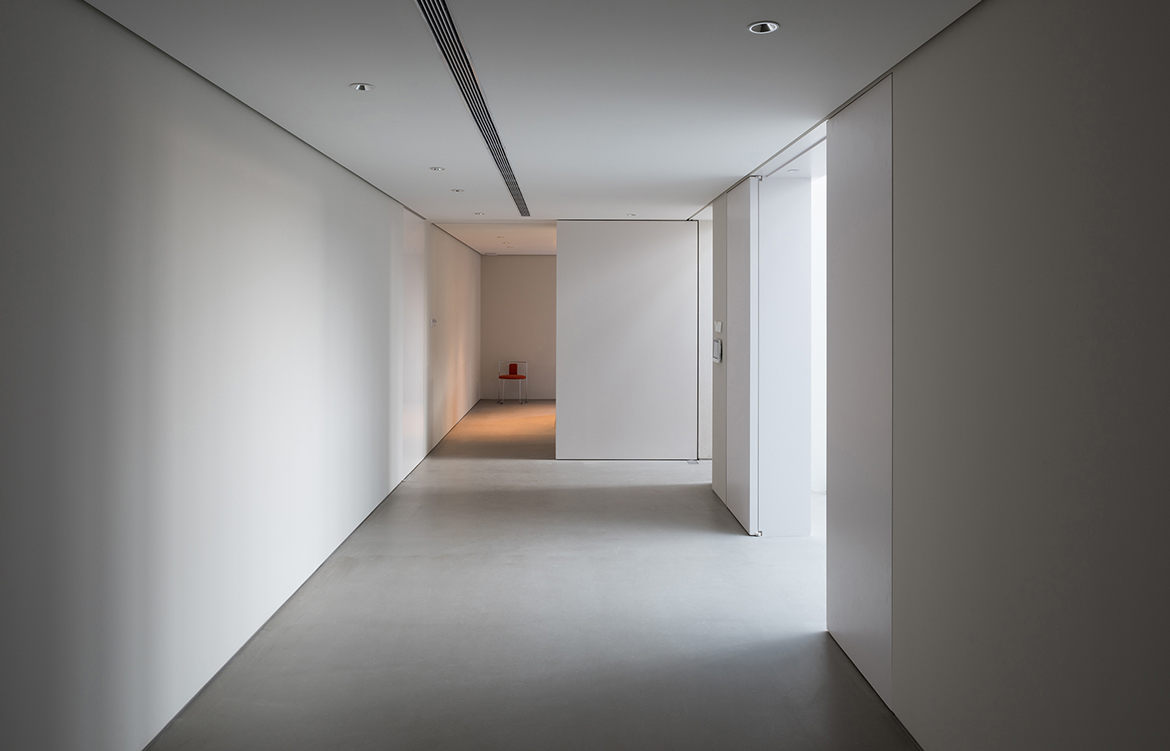 Atelier About Architecture House W corridor
