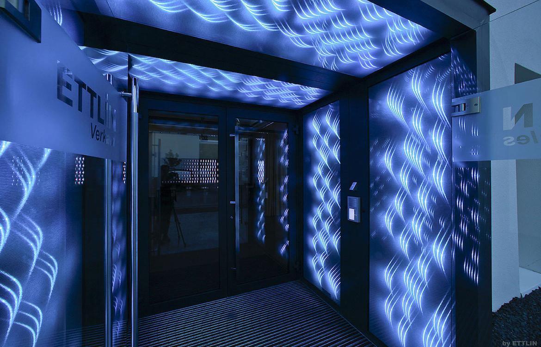 Ettlin Lux Doorway