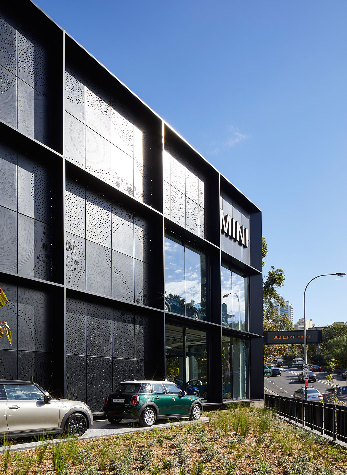 BMW MINI Car Showroom by SJB CC Marin Mischkulnig facade