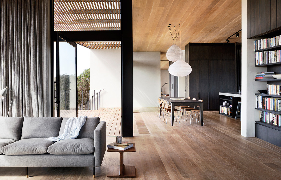 Barwon Heads House Lovell Burton Architecture CC Rory Gardiner open plan living