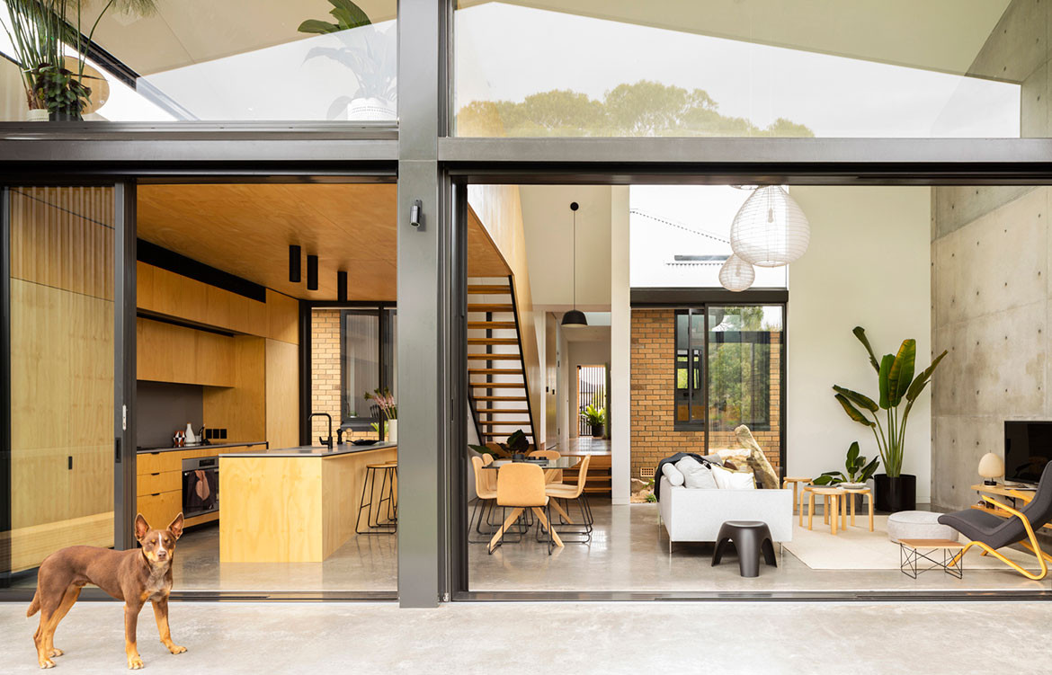 Binary House Christopher Polly Architect cc Brett Boardman open plan living