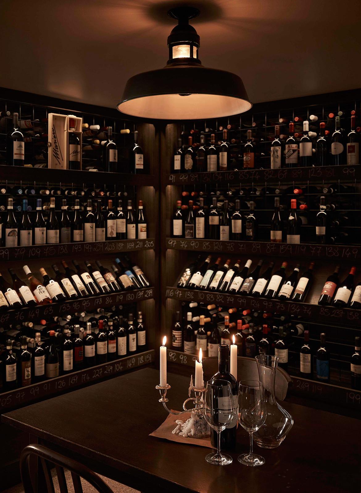 Bistecca Tom Mark Henry Sydney CC Damian Bennett wine cellar