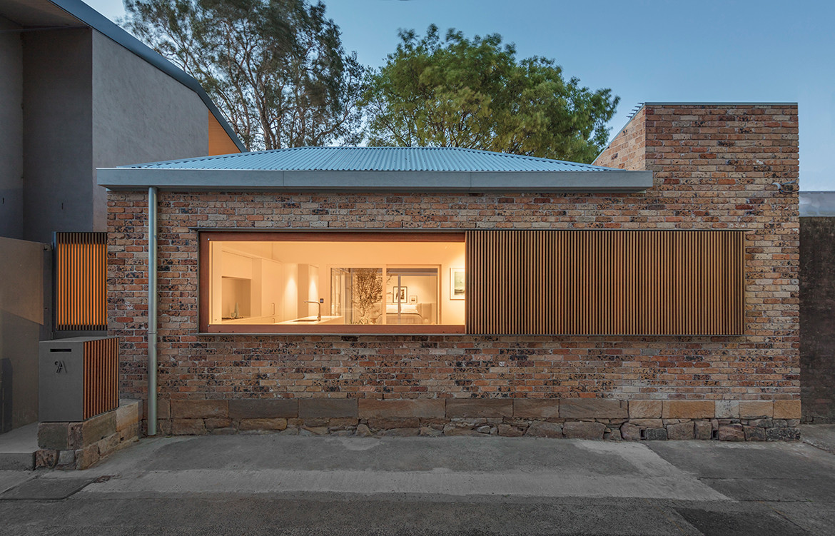 Bolt Hole House Panov Scott CC Murray Fredericks completely open window
