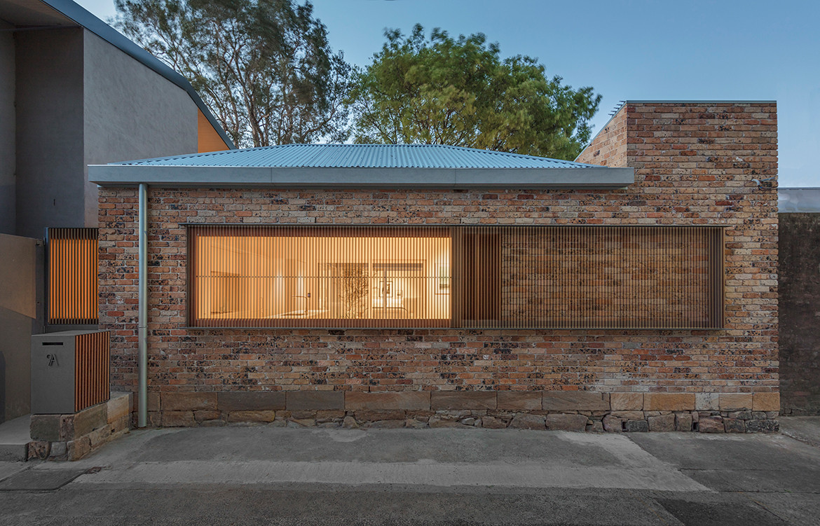 Bolt Hole House Panov Scott CC Murray Fredericks partially open