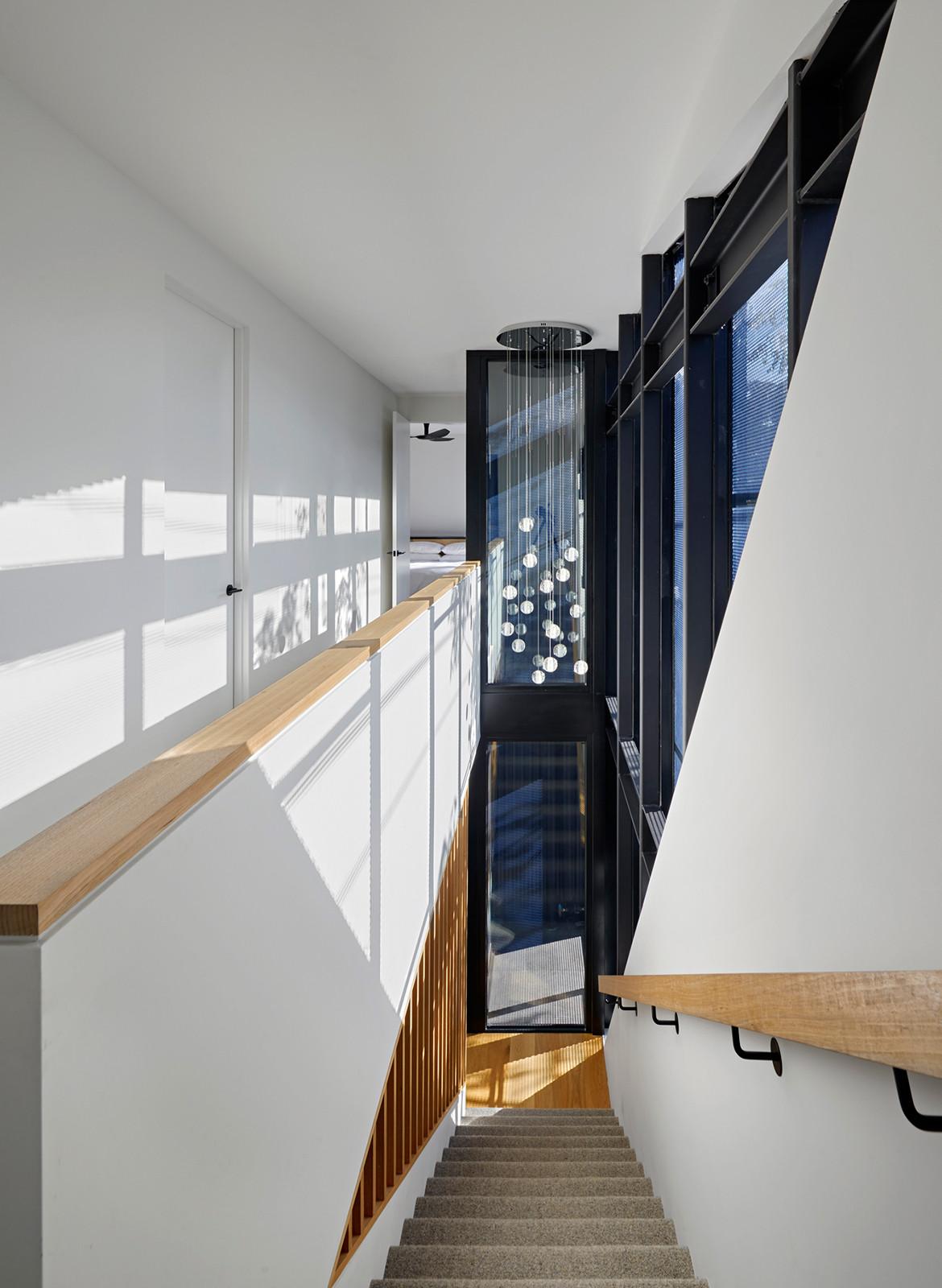Boundary Street House Chan Architecture CC Tatjana Plitt stairs down