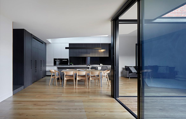 Boundary Street House Chan Architecture CC Tatjana Plitt dining
