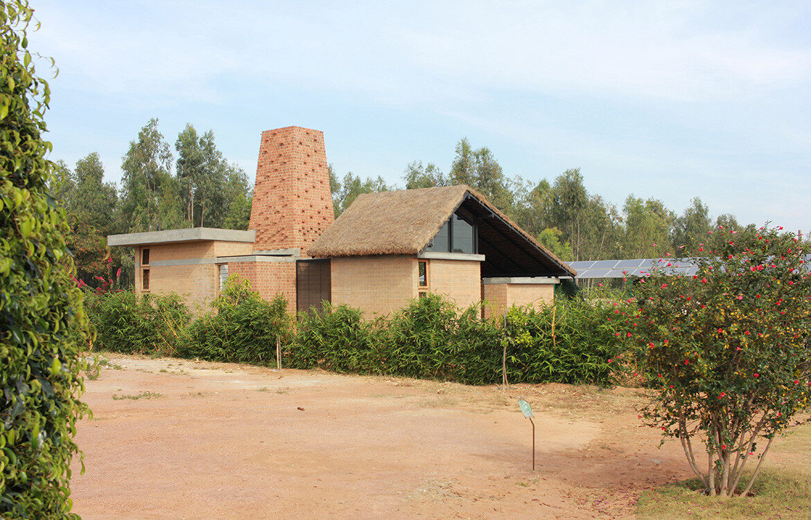 Brick Kiln House in India by Made In Earth Collective doubles as a model for a sustainable community