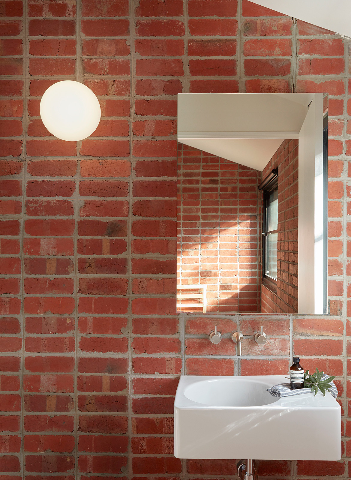 Brick and Gable Terrace House Breathe Architecture CC Tom Ross bathroom