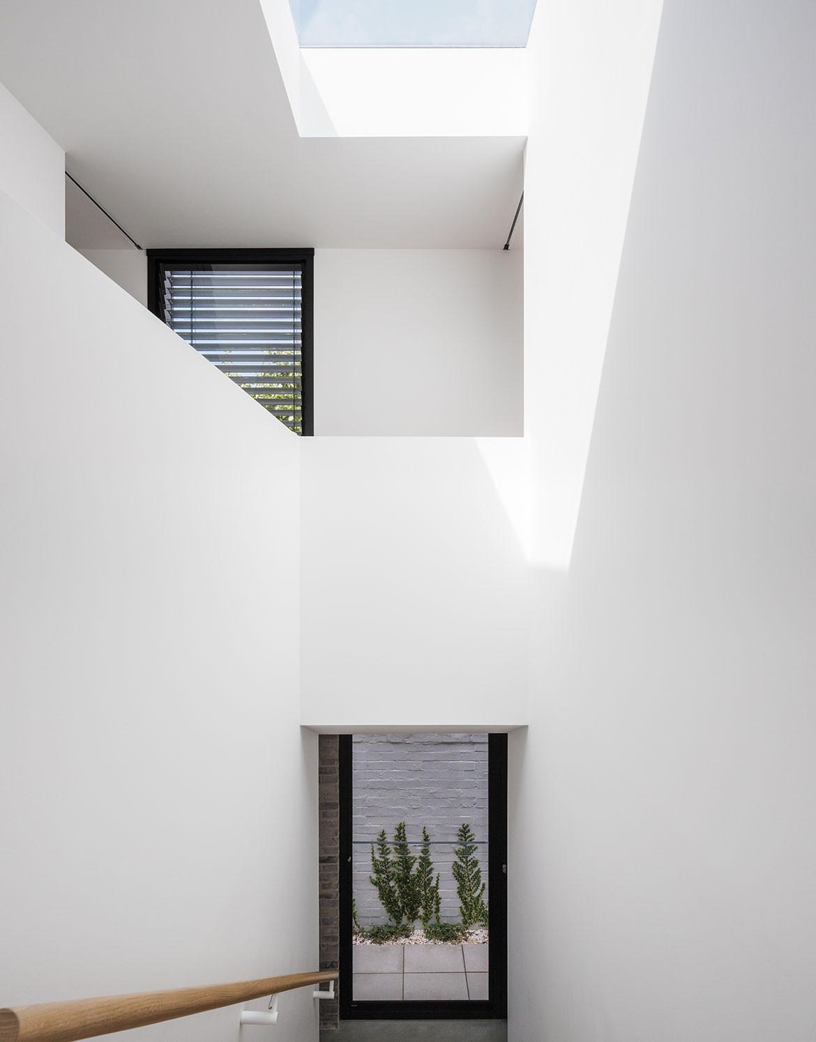 Bronte Residence cm studio cc Katherine Lu stairwell