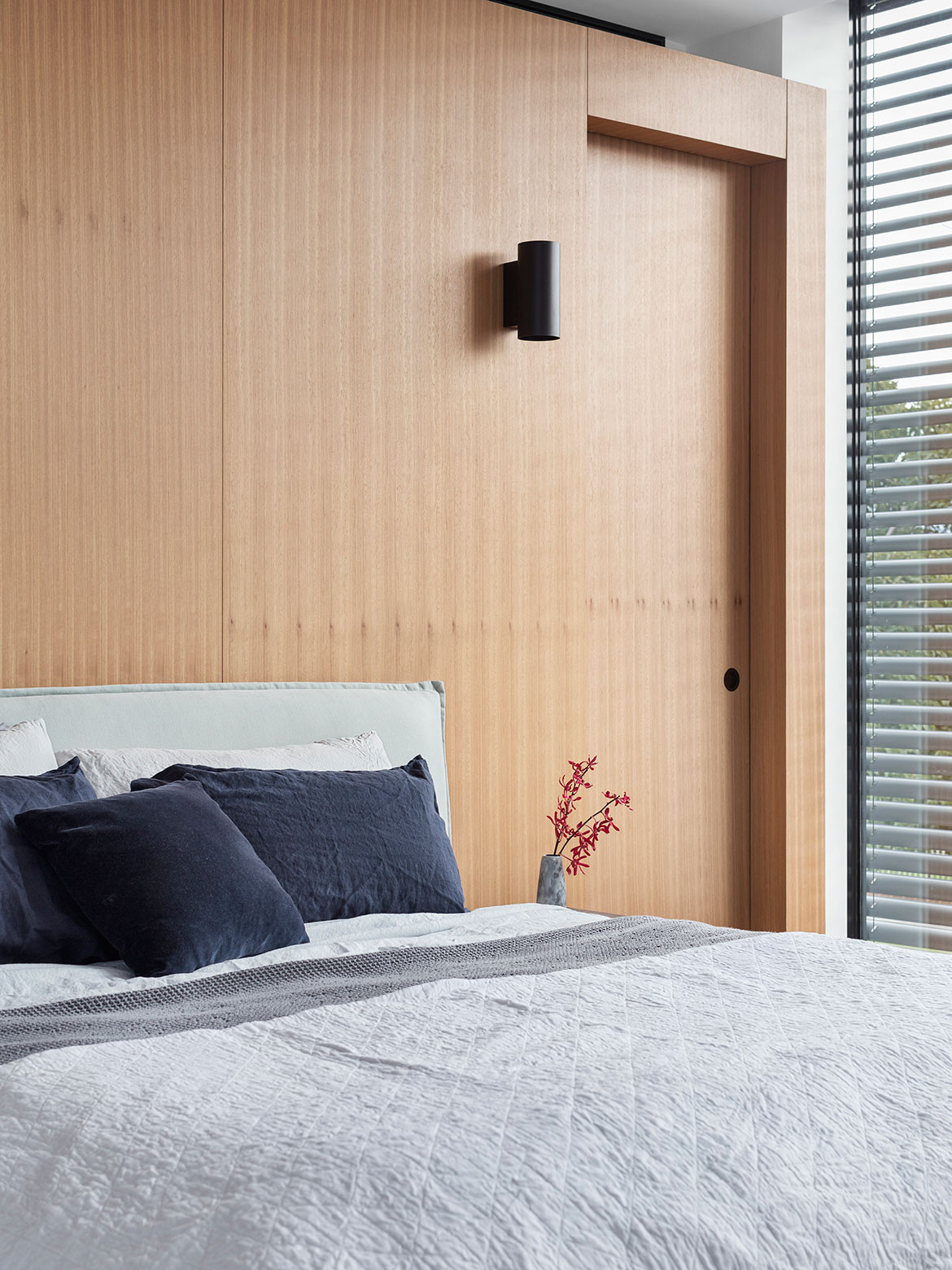 Bulleen House MODO cc Benjamin Hosking bedroom