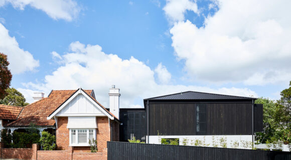 Carthona House By Daniel Boddam Studio Looks Quite Contrary