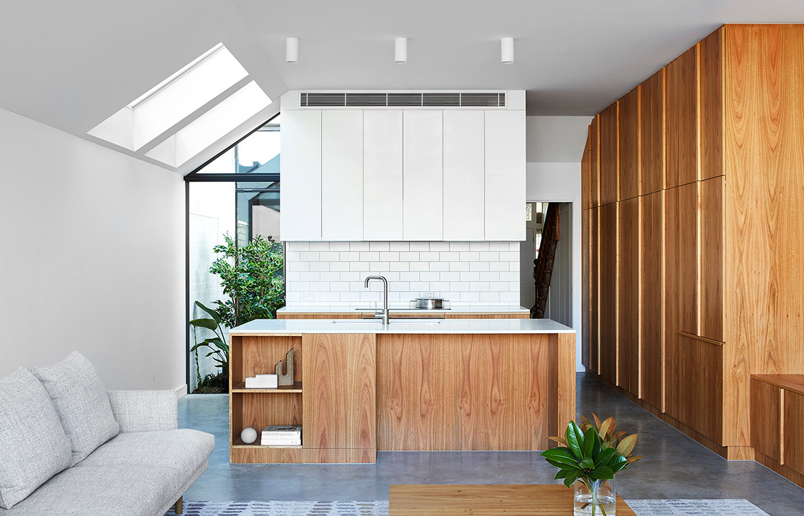 Built-in kitchen furniture design in Chamfer House by Ha Architecture