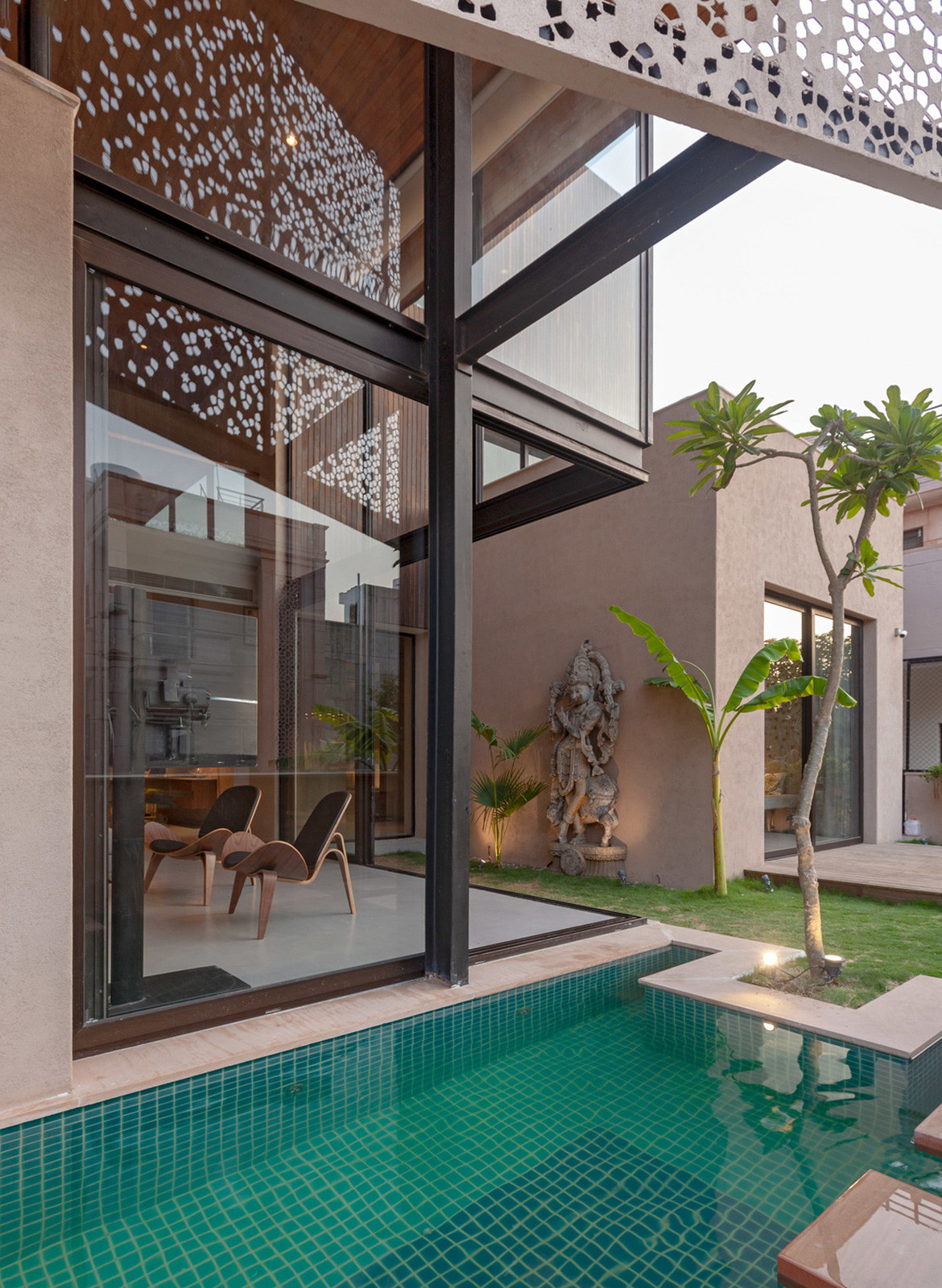 Chavvi House Vastu Shastra Abraham John Architects pool