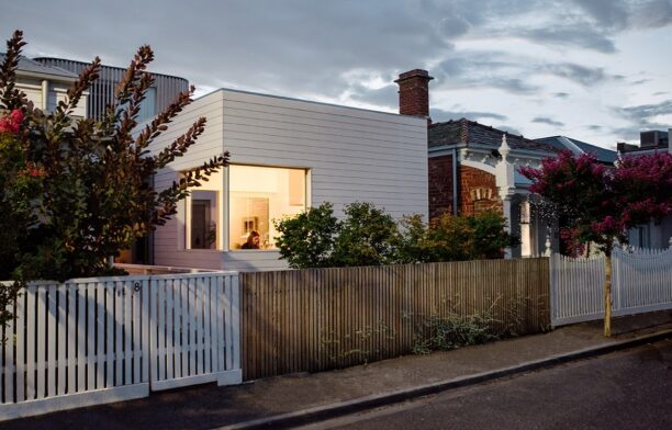 Compact Coastal Home Photography by Paul Hermes exterior