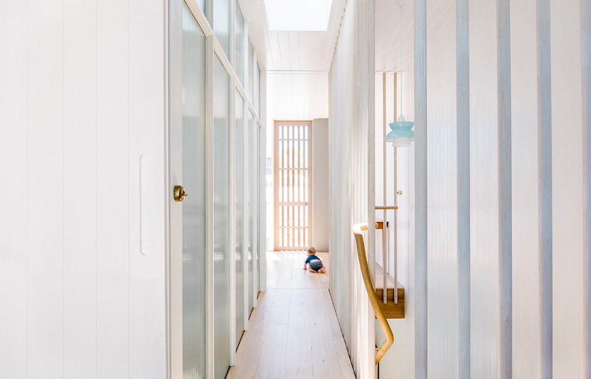 Compact Coastal Home Photography by Paul Hermes hallway