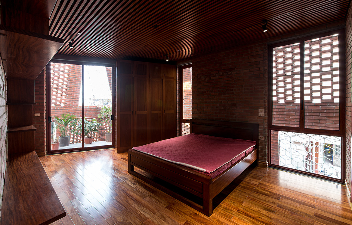 Brick Cave H&P Architects Nguyen Tien Thanh main bedroom