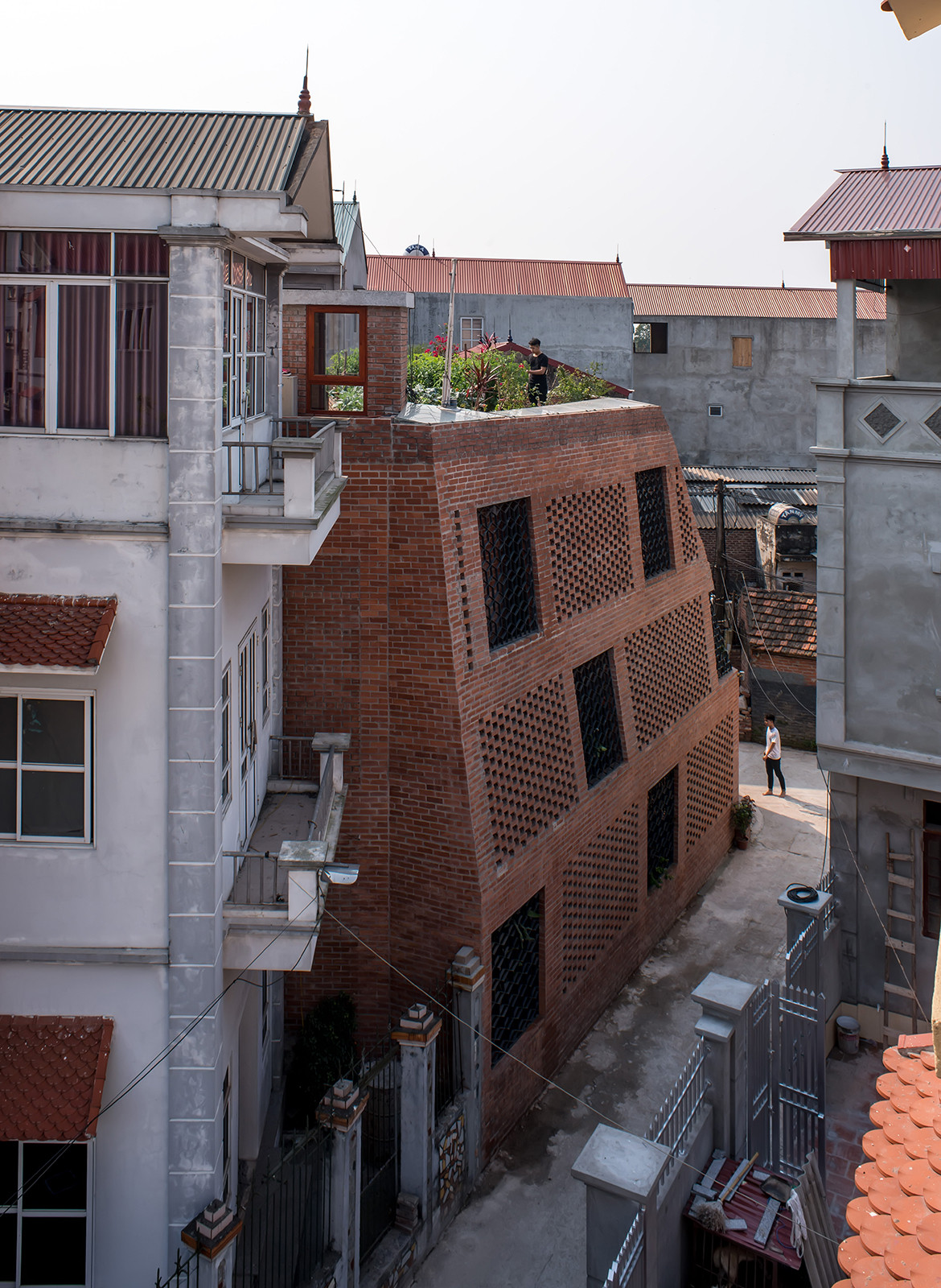 Brick Cave H&P Architects Nguyen Tien Thanh exterior