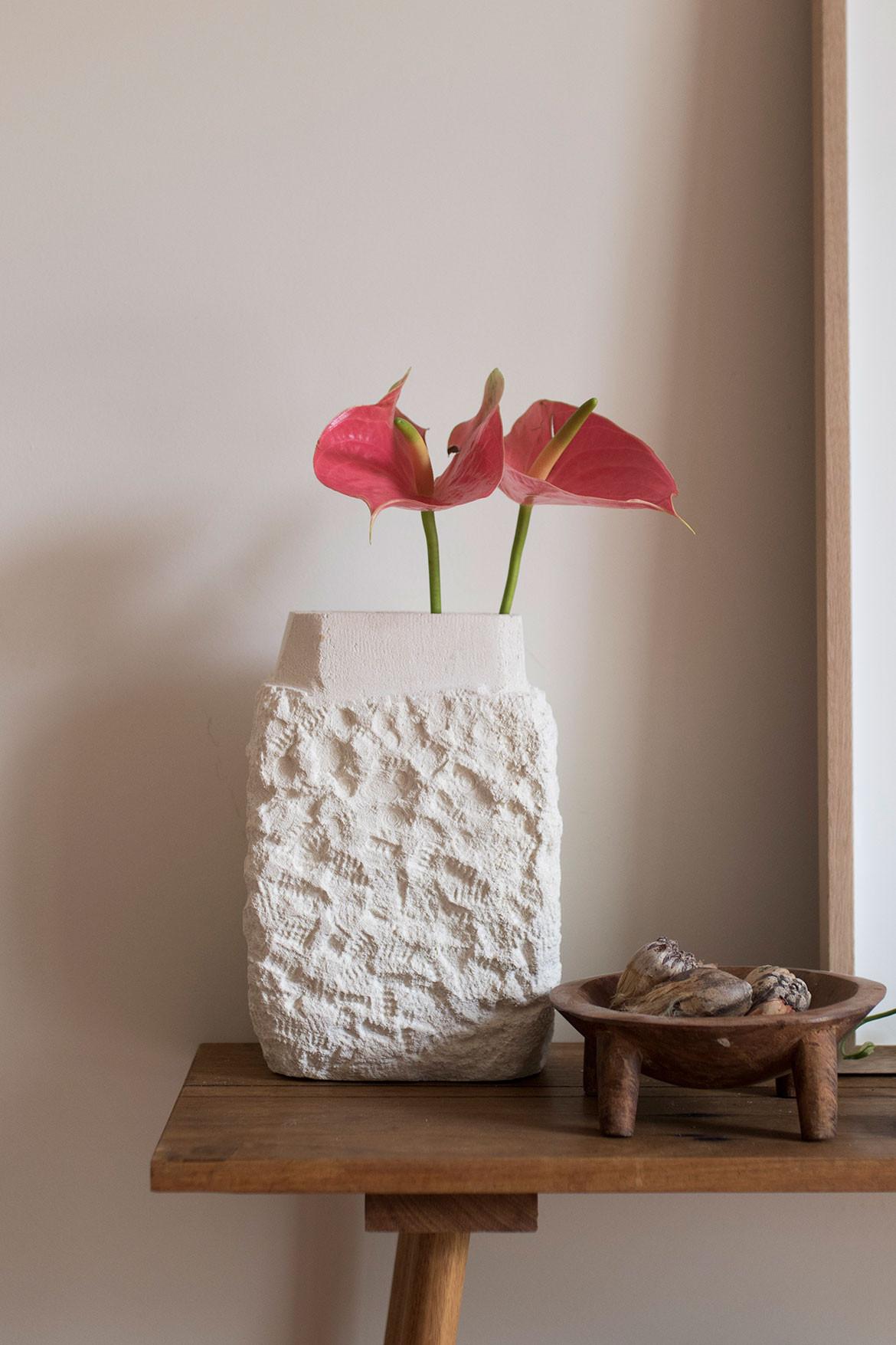 Den Holm Steven John Clark cc Benjamin Hosking vase