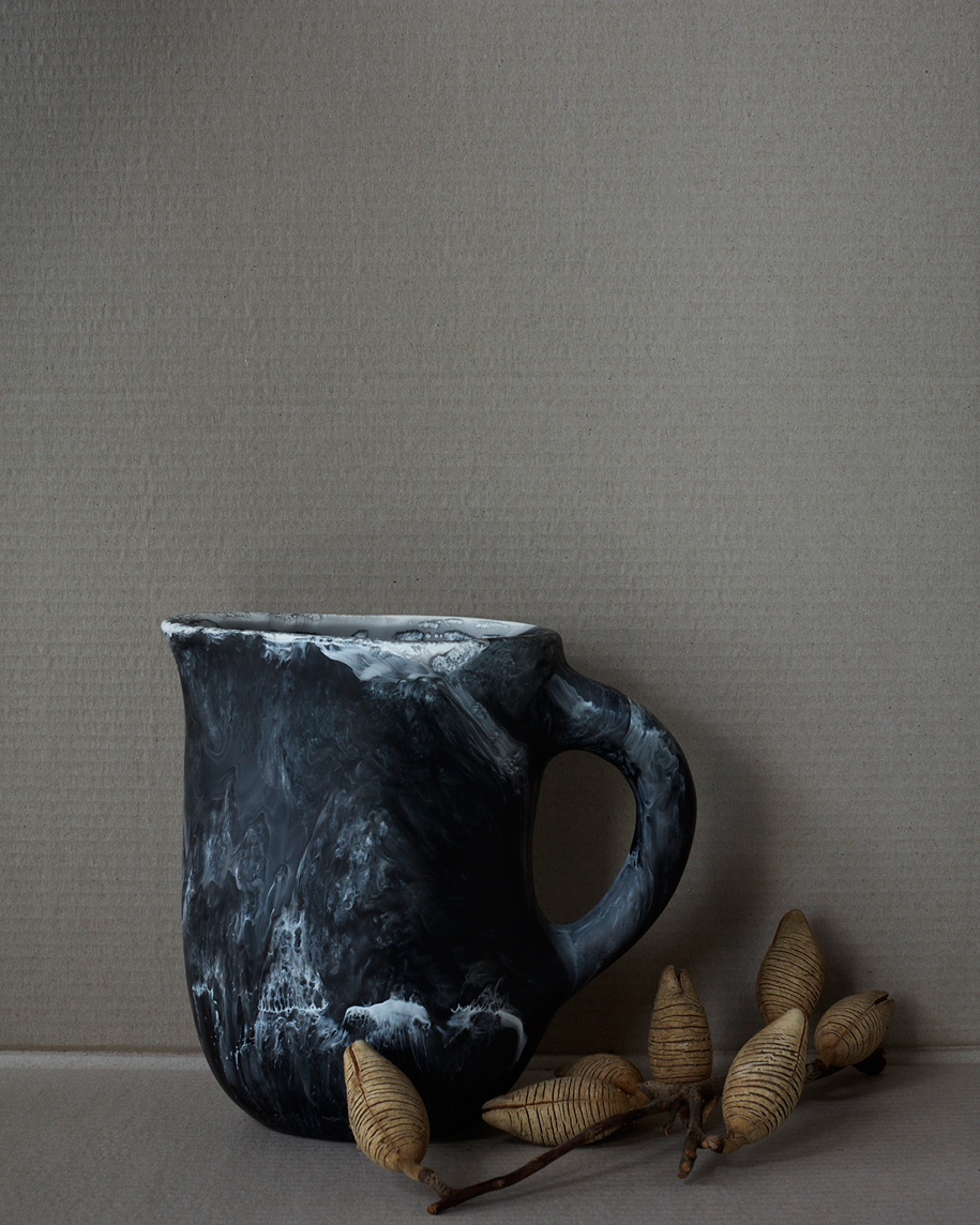 Dinosaur_Designs_Black_Marble_Hugh_Stewart_Homewares_Jug