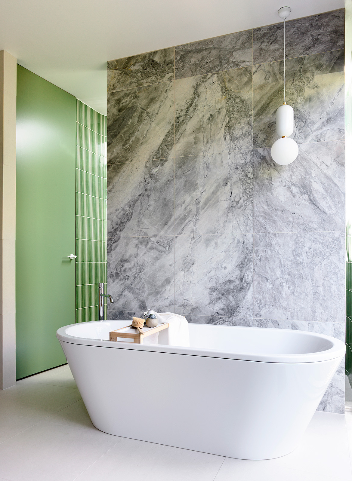Doherty Design Studio Ivanhoe Residences CC Derek Swalwell bath tub