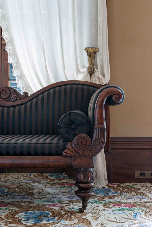 EBH14_0005-Nicholas-Watt-Sydney-Living-Museums-Greek-revival-sofa-in-drawing-room