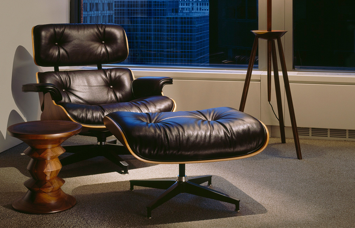 Eames Lounge Chair 1