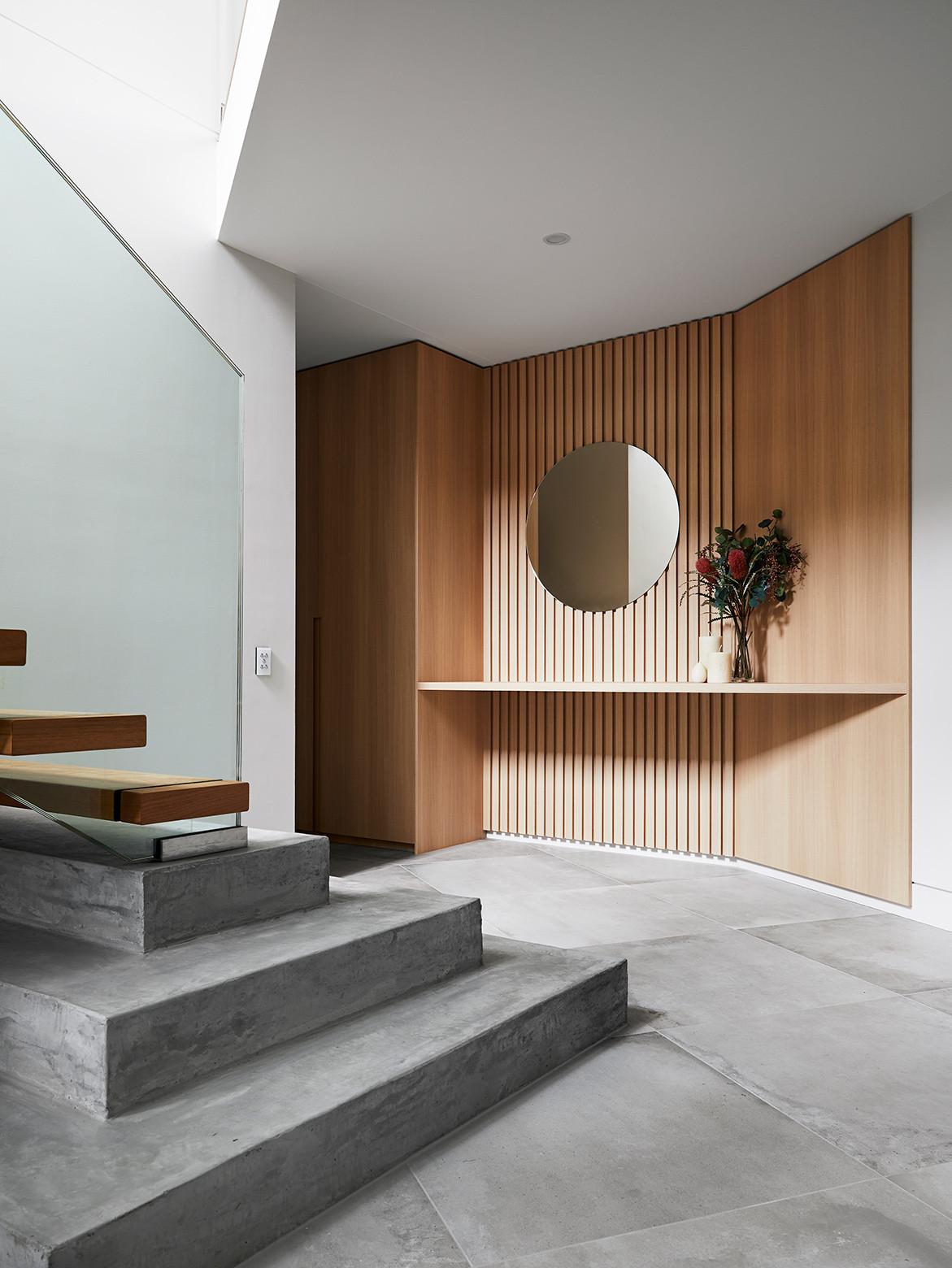 Earp Bros x Webber Architects cc Alexander McIntyre Photography | Concrete look tile