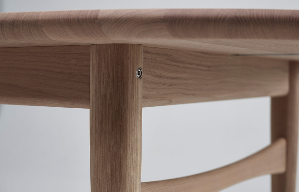 Øya Dining Table Details