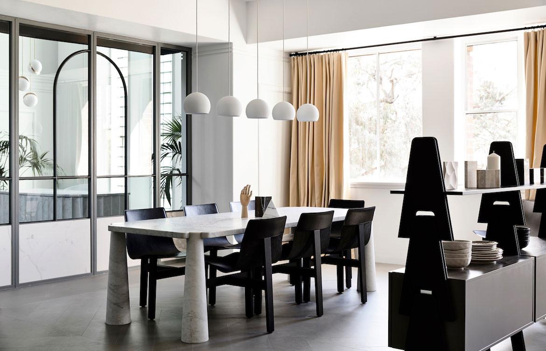 Agapecasa Eros Table by Angelo Mangiarotti
