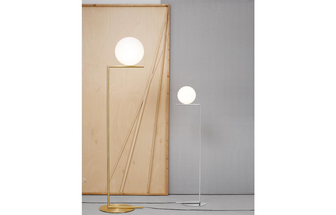 Euroluce ic floor 1 sfw for Captured glass floor lamp