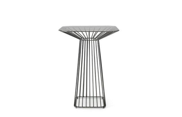 Flare Bar Table 1
