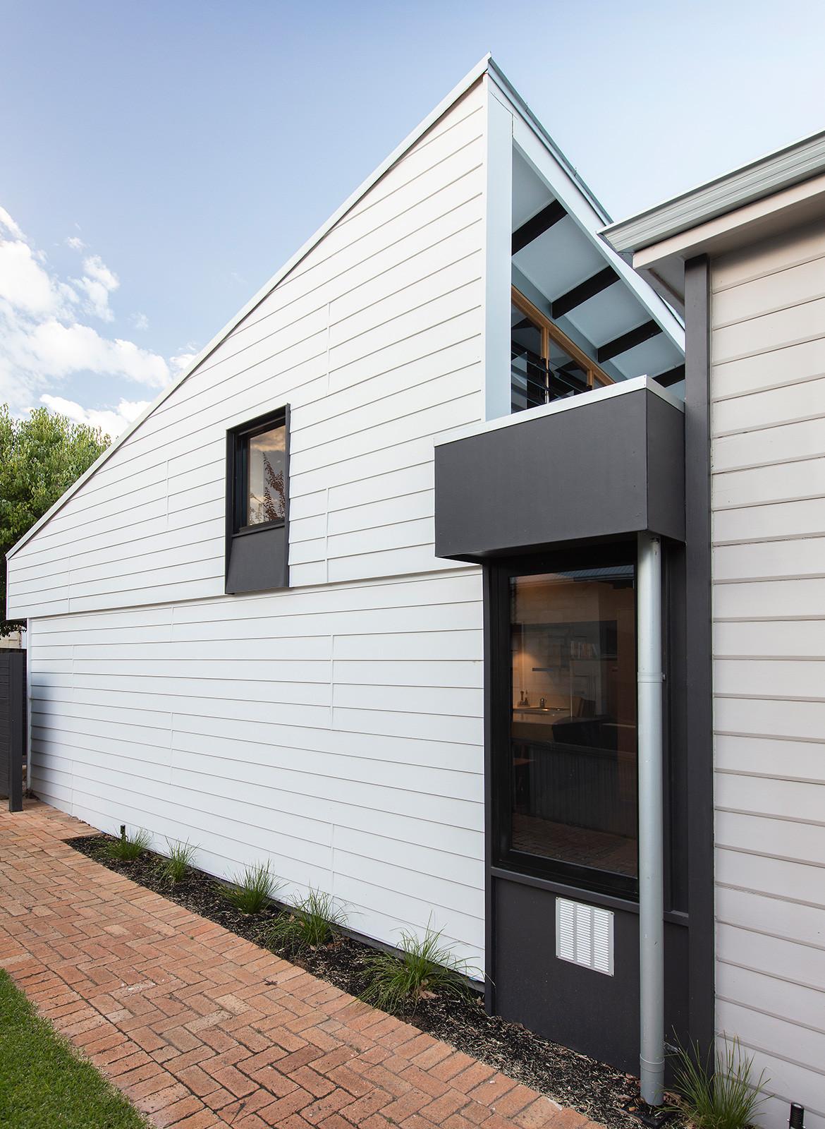 Forrest Street Philip Stejskal Architecture CC Bo Wong side exterior