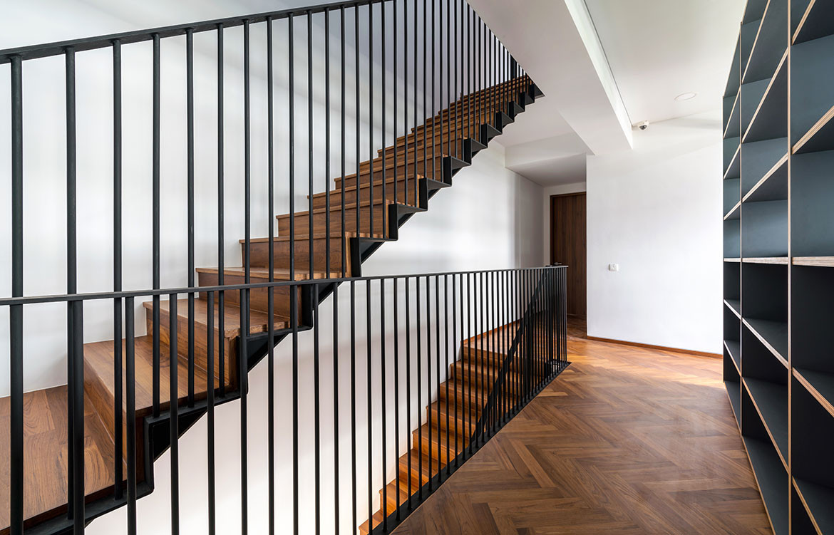 Frame House Red Bean Architects staircase